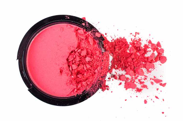 What are the items you might require for fixing broken makeup