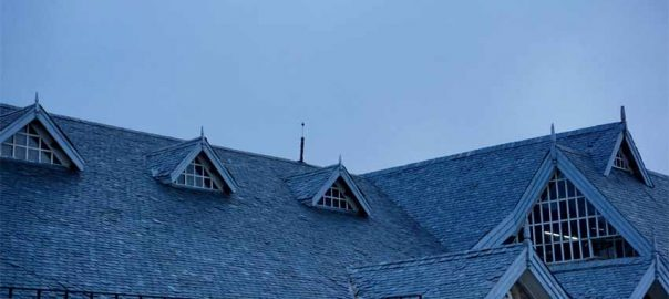 can you live in a house while the roof is replaced