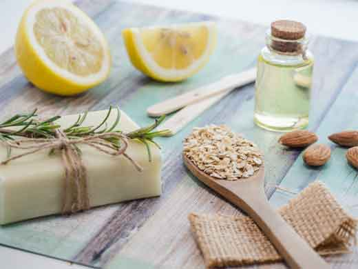 The Features and Ingredients in Natural Soaps for Acne